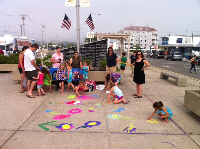 Street Painting kids at Sand and Sea Festival